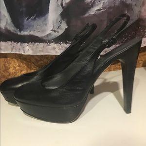Stuart Weitzman black leather heels Size 6